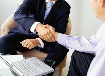 handshake1ds.jpg